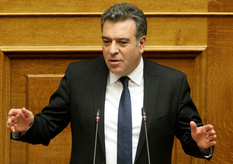 """Μάνος Κόνσολας: """"Η άρνηση του δικαιώματος ψήφου στους απόδημους Έλληνες, συνιστά άρνηση του οικουμενικού χαρακτήρα του ελληνισμού"""""""