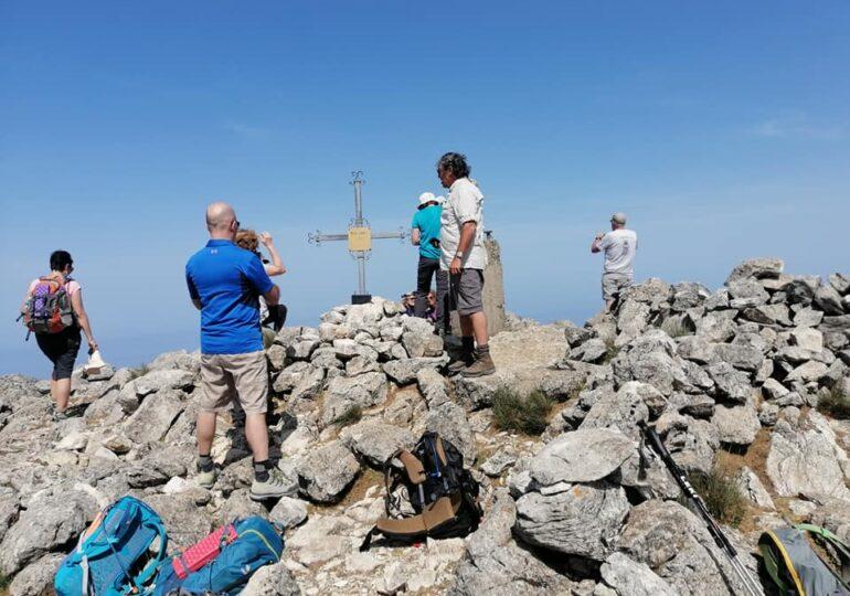 Η πρώτη πεζοπορική ομάδα στην Κάρπαθο - Στην ξενάγηση ο Όμιλος φίλων βουνού και Θάλασσας