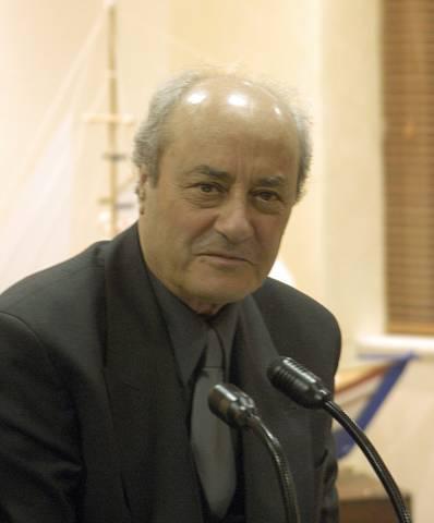 Πέθανε ο διακεκριμένος Καρπαθιος καθηγητής Κωνσταντίνος Μηνάς
