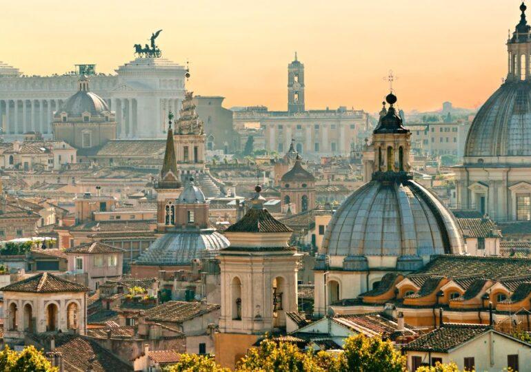 Έκκληση πολιτικών προς την ιταλική ομογένεια: Ελάτε για διακοπές στην πατρίδα