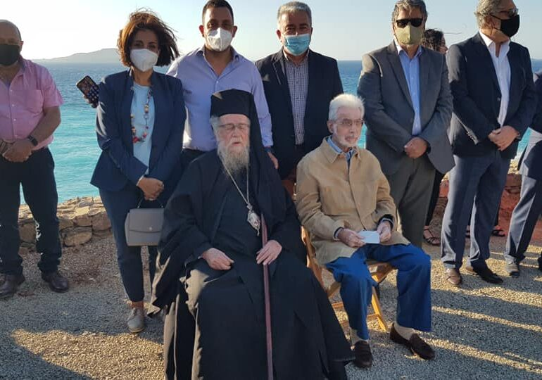 Στην Κάσο ο τ. υπουργός Αριστοτέλης Παυλίδης. Στη συνέχεια ταξιδεύει για Κάρπαθο
