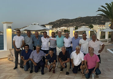 Ο Ποσειδώνας συνάντησε και τίμησε τον Ηλία Κατσανίκα, προπονητή της ομάδας 1985-86